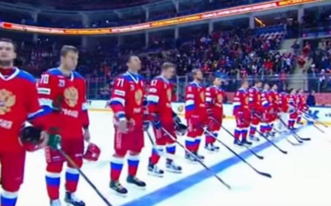 Эстрадная певица забыла слова гимна РФ перед матчем сборной