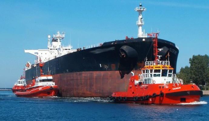 Після зняття санкцій у портах Ірану з'явилися нафтотанкери