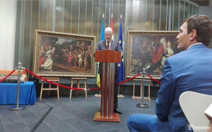 Завершилася детективна історія з голландськими картинами в Україні: з'явилися фото