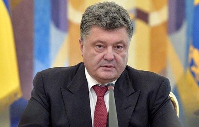 Порошенко рассказал, сколько денег нашел на восстановление Донбасса