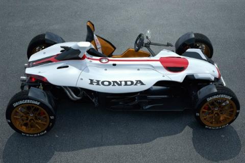 Honda выпустила трековый спорткар с мотоциклетным мотором (5 фото) (4)
