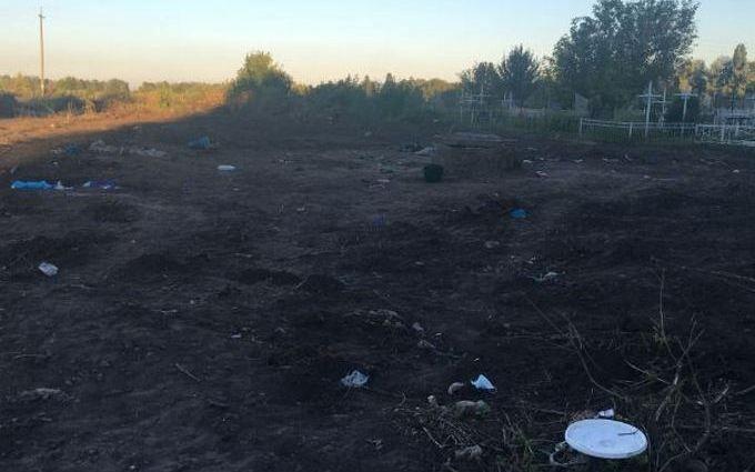 Знахідка звалища з тілами людей під Києвом: з'явилися подробиці, фото і відео
