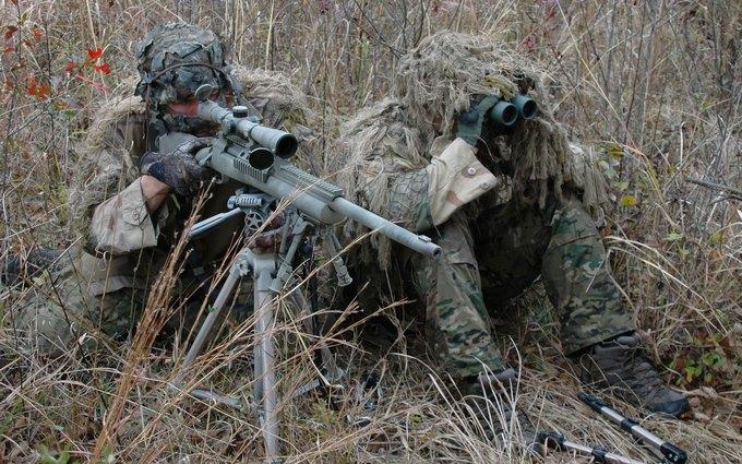 Журналист рассказал о снайперше боевиков, стреляющей украинским бойцам в пах