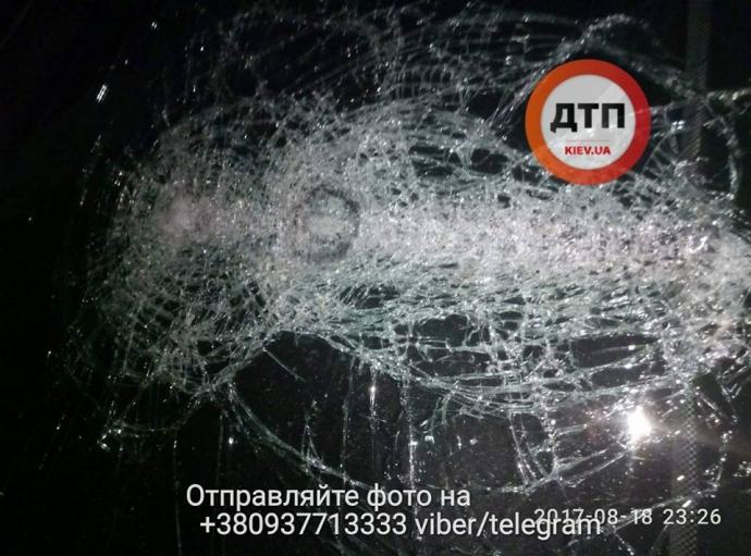 В Киеве неизвестные со стрельбой похитили мужчину: опубликованы фото (3)