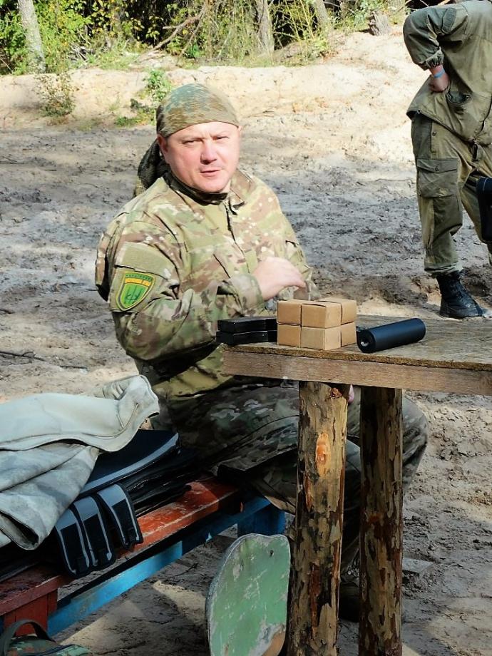 Нехай російські війська вже лізуть, розберемося по ходу - комбат Української добровольчої армії (1)