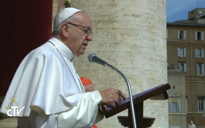 Папа Римский упомянул Украину в пасхальном послании: появилось видео