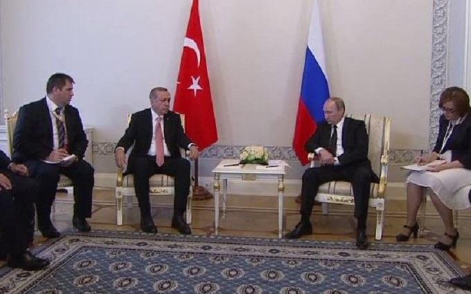 Уся суть російського лицемірства: соцмережі про зустріч Путіна і Ердогана