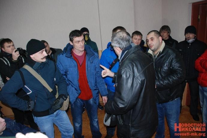 В Николаеве сорвали пропагандистскую акцию партии Медведчука: появились фото (12)
