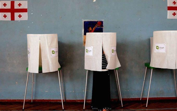 Грузини масово пішли голосувати на парламентських виборах: з'явилося відео