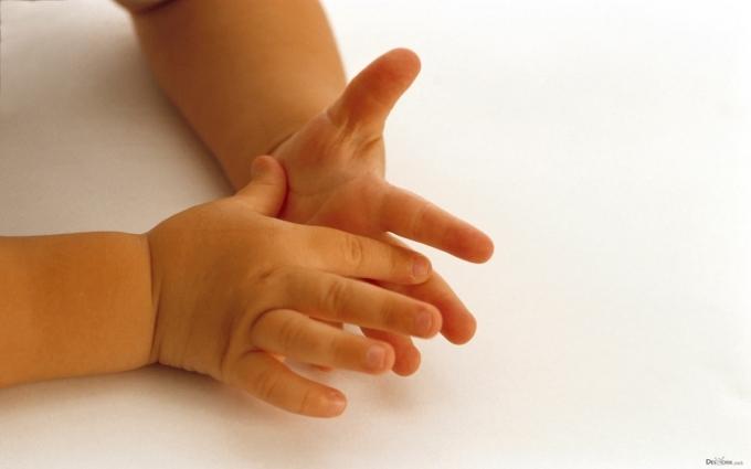 Кожна четверта дитина отримує свідоцтво про народження в пологовому будинку - Мін'юст