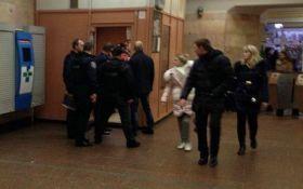В київському метро обстріляли поліцейського: з'явилися подробиці