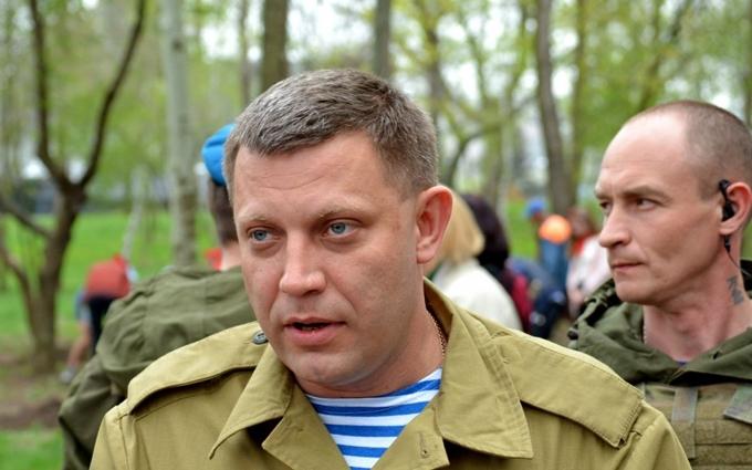 """Ватажок ДНР з'явився і зізнався, що """"отримав подряпину"""""""