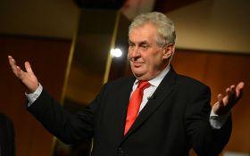 Ніяких вибачень: президент Чехії зробив нову заяву по Криму