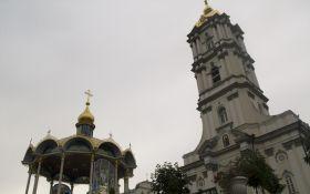 Уничтожение монашества: в Почаевской лавре увидели угрозу монахам в решении Минюста
