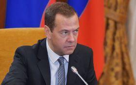 Трампа переграли: Медведєв висловився про антиросійські санкції США