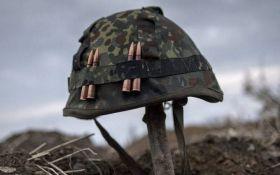 У зоні АТО ворожий снайпер обстріляв українських військових: серед бійців ЗСУ є втрати