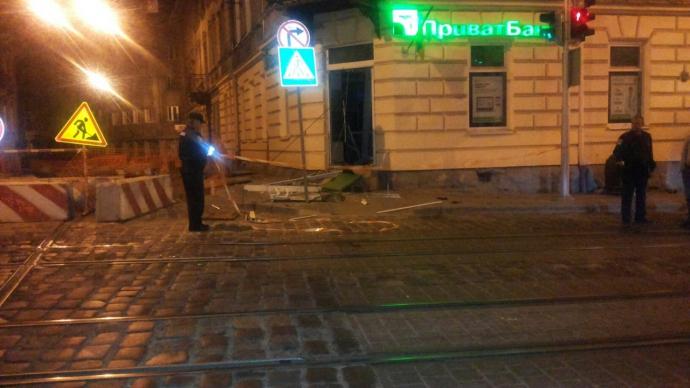 У Львові пролунав вибух: з'явилися фото з місця інциденту (1)