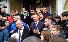 На противника Путина напали в Волгограде: появилось видео