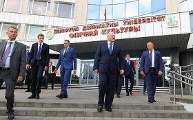 Будете відповідати - Лукашенко шокував погрозами в день виборів в Білорусі