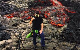 Забытая на вулкане камера зафиксировала, как течет лава: появилось впечатляющее видео