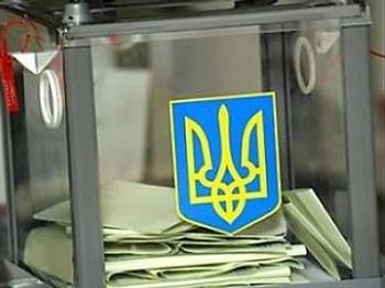 Янукович подписал закон о видеонаблюдении на выборах