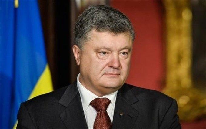 Порошенко відкликав скандальний законопроект щодо громадянства кримчан