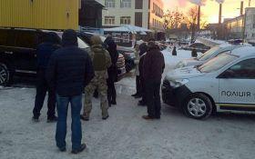 Перестрелка полицейских под Киевом: появились фото и видео задержанной банды