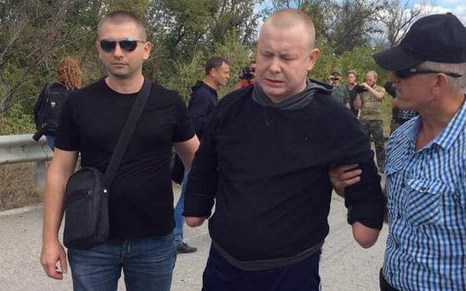 Зворушливе відео повернення українців з полону вразило мережу