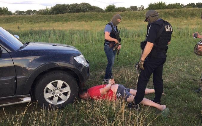 На Рівненщині сталося гучне «бурштинове» затримання: опубліковані фото і відео