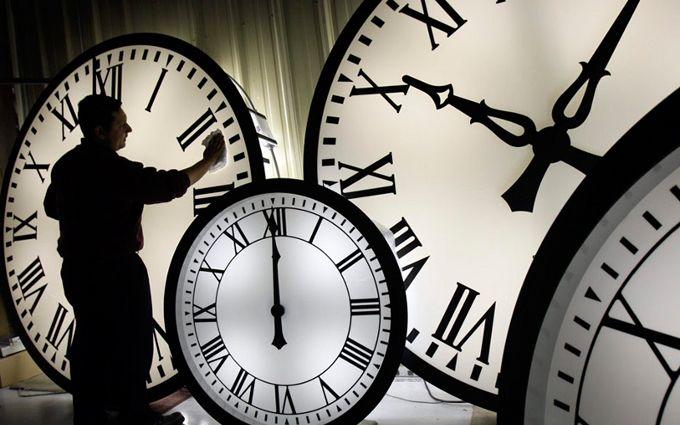 Не забудьте: украинцы снова получили лишний час для сна