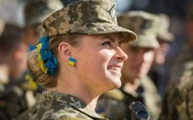 Снайперки, кулеметниці, гранатометниці: скільки українок беруть участь в бойових діях на Донбасі