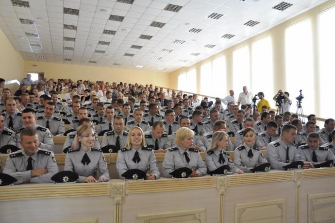 В Україні з'явилися десятки кіберполіцейських: Деканоїдзе виклала фото (1)