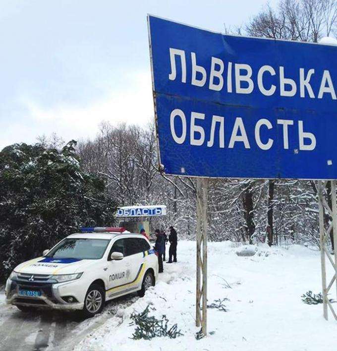 Главная елка страны уже едет в Киев: опубликованы фото (2)