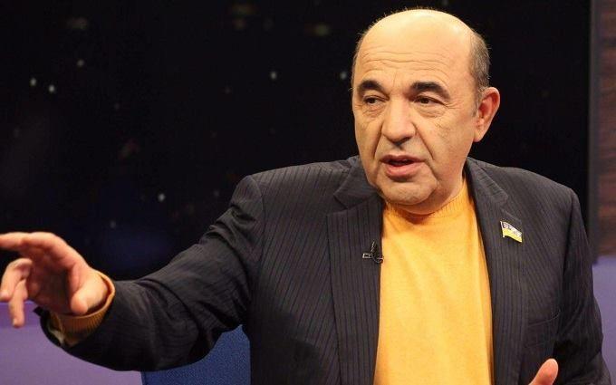 Рабінович розкритикував пропозицію позбавити працюючих українців пенсій