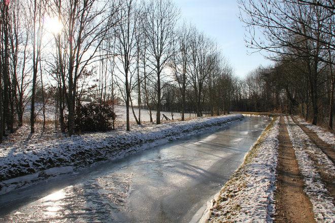 Погода на сегодня: в Украине местами дожди, температура от +1 до +9