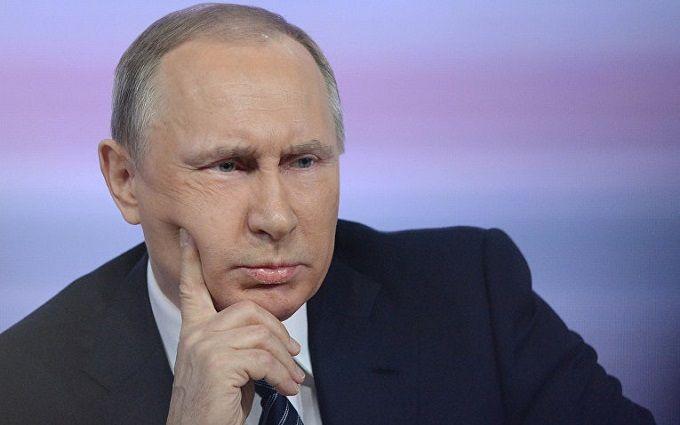 У Росії пояснили, навіщо Путін привів у бойову готовність війська