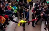 Матч чемпионата Украины закончился избиением судей: появилось видео
