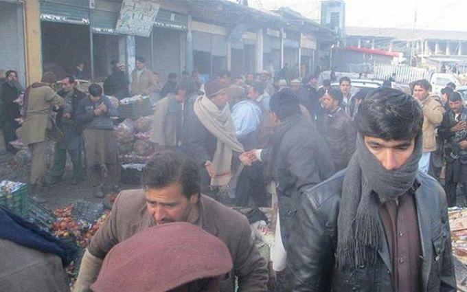 В итоге взрыва нарынке вПакистане погибли 13 человек