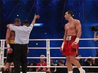 Владимир Кличко превзошел достижение Холмса для боксеров-тяжеловесов