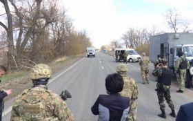 Бойовики ДНР передали Україні 14 полонених: з'явилися фото