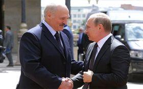 Лукашенко повністю в руках Путіна, його словесні випади нічого не варті - Безсмертний