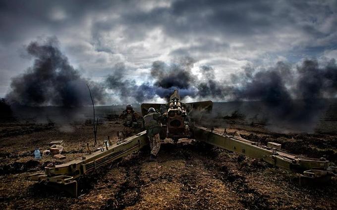На Донбассе начался ад: волонтер сообщил о новых атаках боевиков