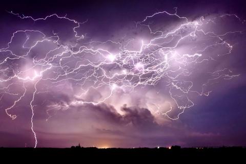 Гром и молнии: фотографии бури от Джейсона Уэйнгарта (15 фото) (2)
