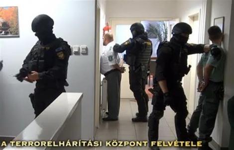 На українсько-угорському кордоні затримано 20 угорських митників за підозрою в корупції