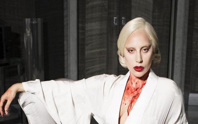 """Леди Гага возвращается в """"Американскую историю ужасов"""""""