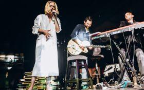Завораживающий вокал Alloise и танцы KDT: в Киеве представили невероятное шоу RELATE