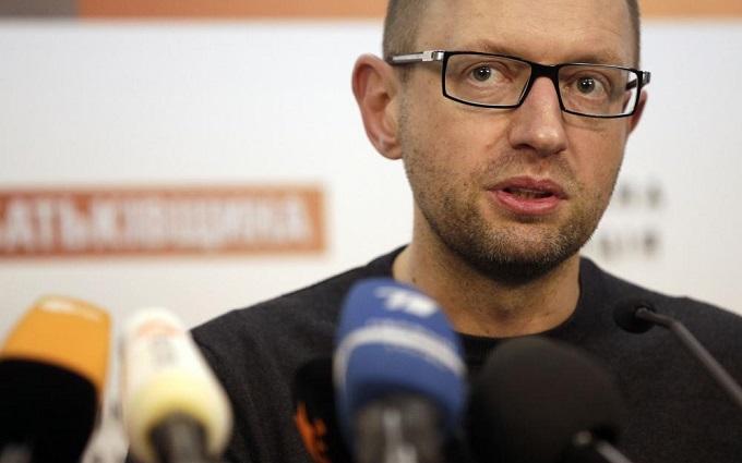 Яценюк поставил условие Раде и Порошенко