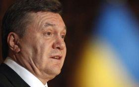 Луценко показав доказ зради Януковича: з'явилося фото