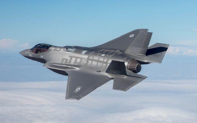 Самые смертоносные самолеты США помогут в сдерживании агрессии Путина в Европе - СМИ