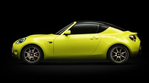 Toyota показала прототип маленького спорткару (8 фото) (1)